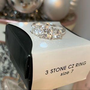 AVON 3 stone CZ ring